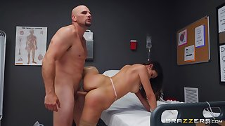Man with giant cock fucks the naked nurse and cums on her face